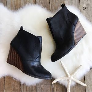 LUCKY BRAND Black Ankle Bootie 9.5